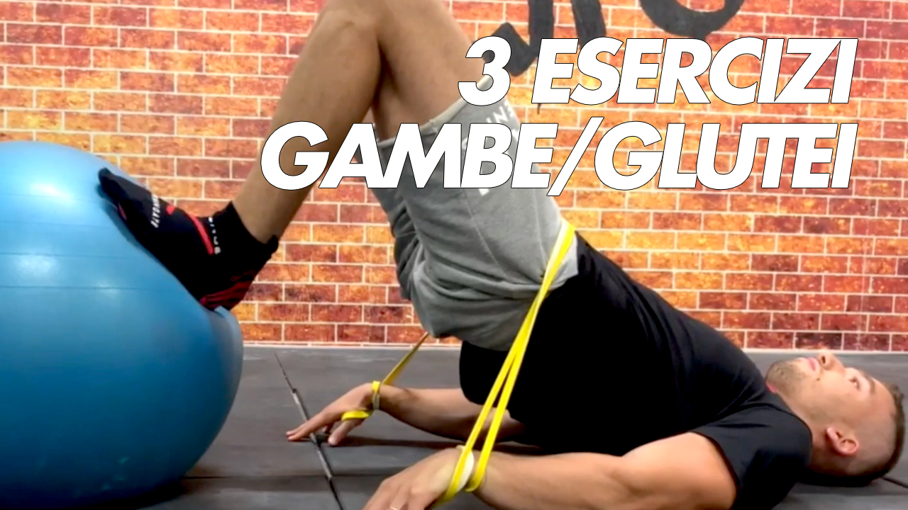 3 esercizi gambe e glutei con elastico