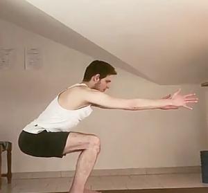 squat corpo libero