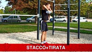 esercizio gambe e spalle insieme