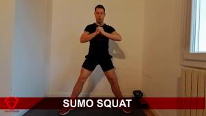 sumo squat interno coscia